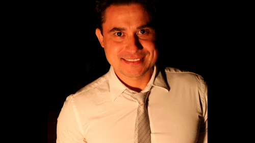 Conheça Alejandro Valente, o cabeleireiro que transformou sua profissão com cursos online